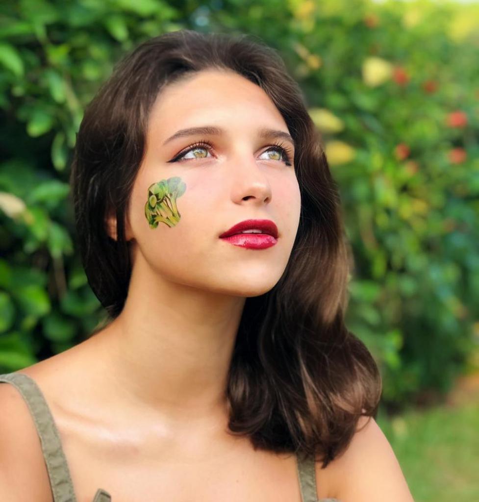 Точная копия: Екатерина Климова выложила фото повзрослевшей дочери, которая стала настоящей красавицей
