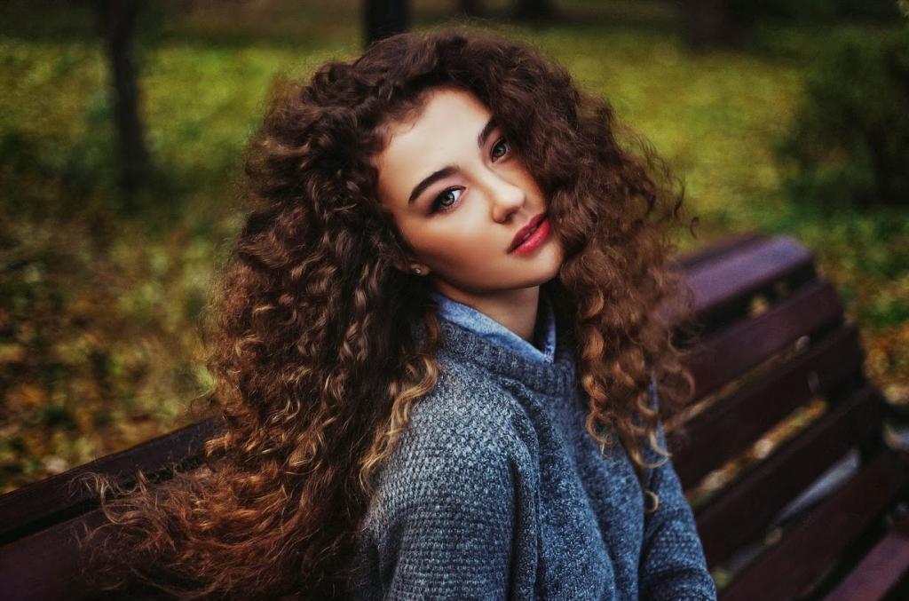 Вьющиеся волосы: подарок или наказание. Как правильно их мыть, укладывать, какие средства использовать