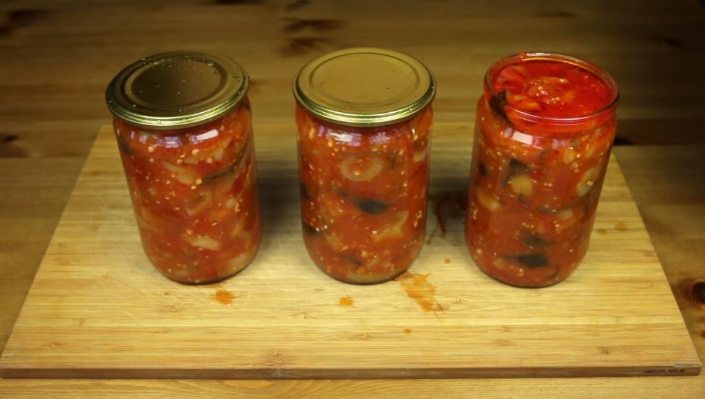 Старый татарин поделился рецептом салата из баклажанов, который является секретом долголетия в их семье