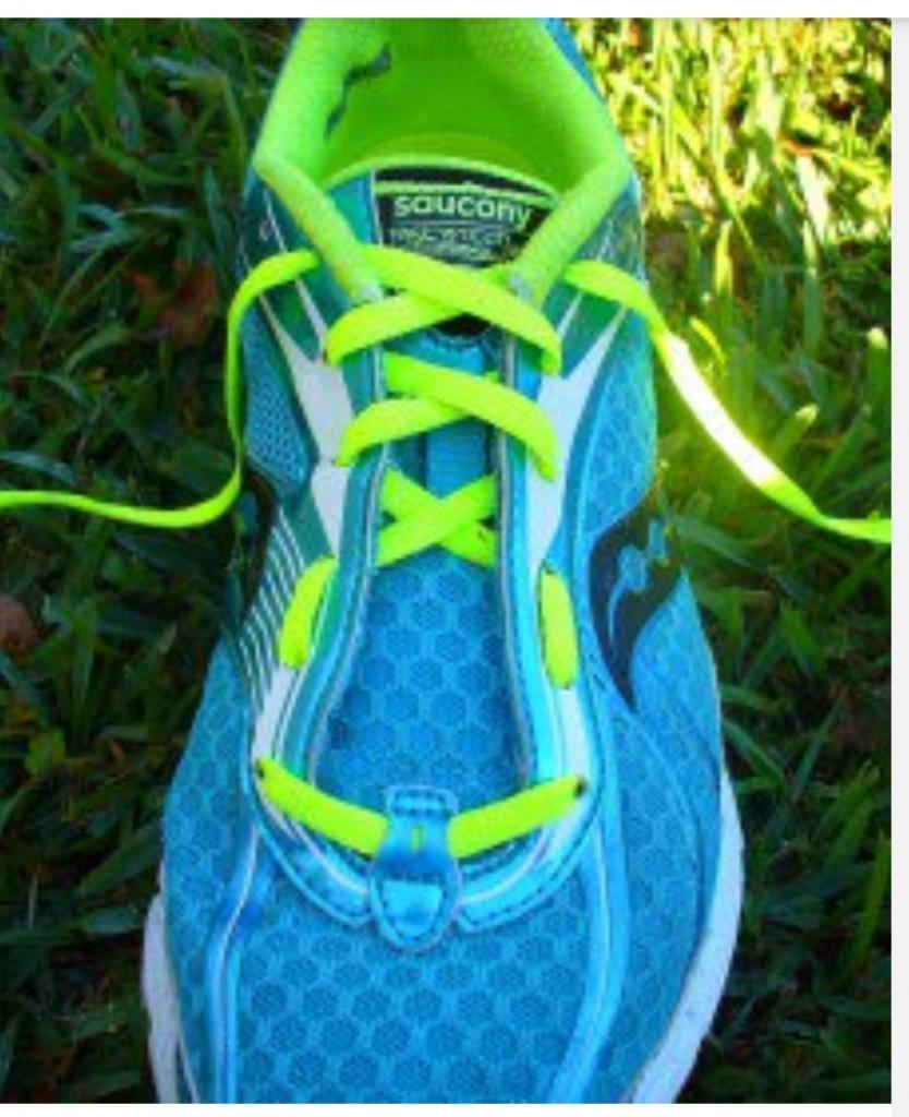 Научитесь правильно завязывать шнурки на кроссовках в соответствии с формой вашей ноги