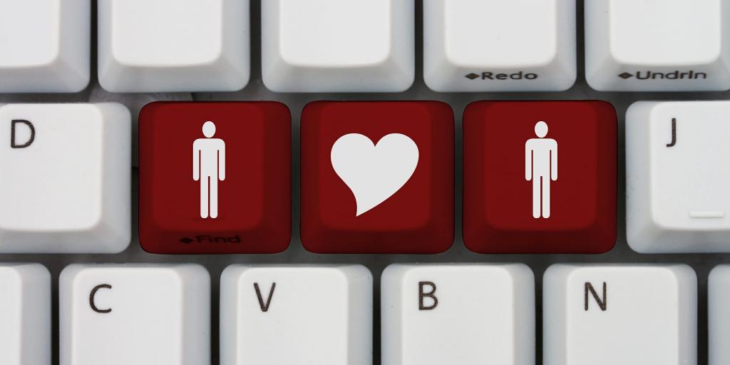 Может ли интернет заменить свидания? Ученые выяснили, что онлайн-знакомства становятся все более популярными