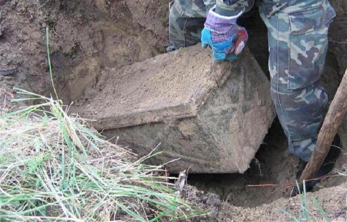 Историки находят сундук, принадлежавший немецкому солдату Второй мировой войны: что было внутри (фото)