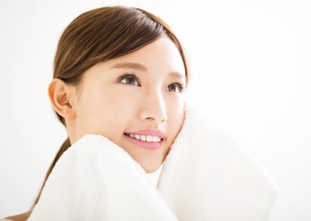 Почему японцы выглядят так молодо? Зеленый чай и никакого ультрафиолета: 7 главных секретов красоты из Страны восходящего солнца