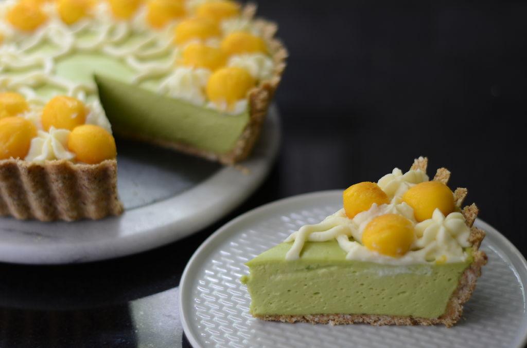 Подруга поделилась рецептом торта из авокадо: этот тропический десерт покорил мое сердце