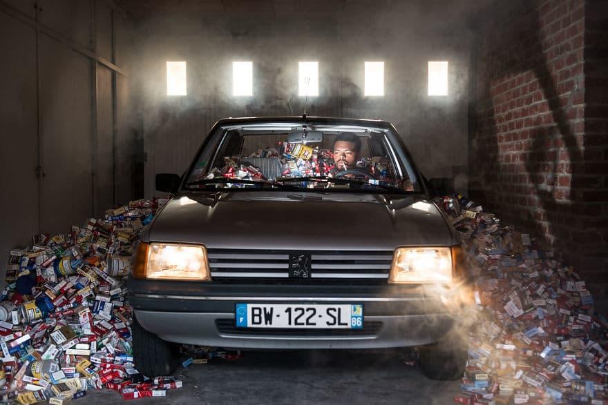 Фотограф не выбрасывал мусор: спустя четыре года он сделал фотографии, заставляющие переосмыслить свою жизнь