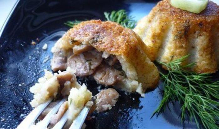 Свекровь научила готовить вкусные кексы с грибами. Делюсь рецептом необычного и простого блюда