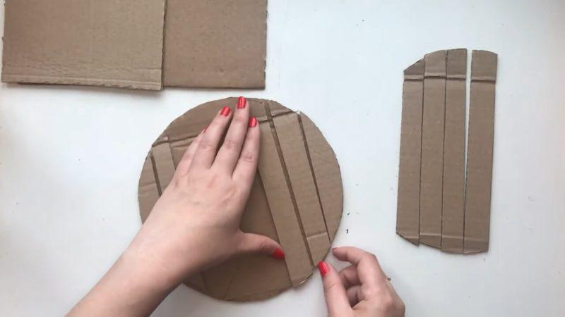 Обучаю простому методу изготовления красивой бабочки. Вам нужен лишь картон!