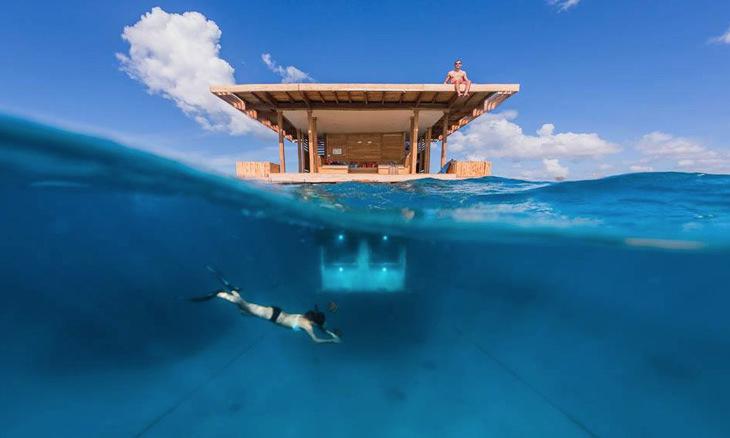 Подводная стеклянная комната, роскошный катамаран или ночь на яхте: самые крутые плавучие отели в мире
