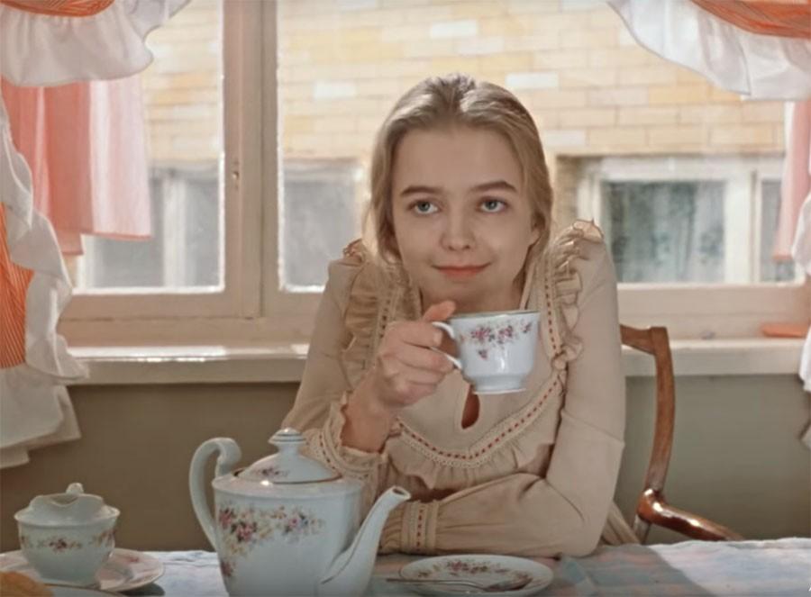 Александре из «Москва слезам не верит» уже 60: как актриса выглядит сегодня (фото)