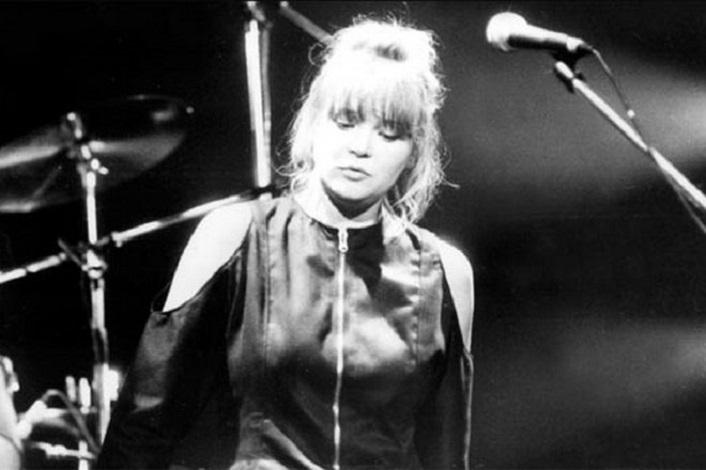 Что стало с вокалисткой из Nautilus Pompilius, которая была единственной женщиной в составе группы: история Насти Полевой