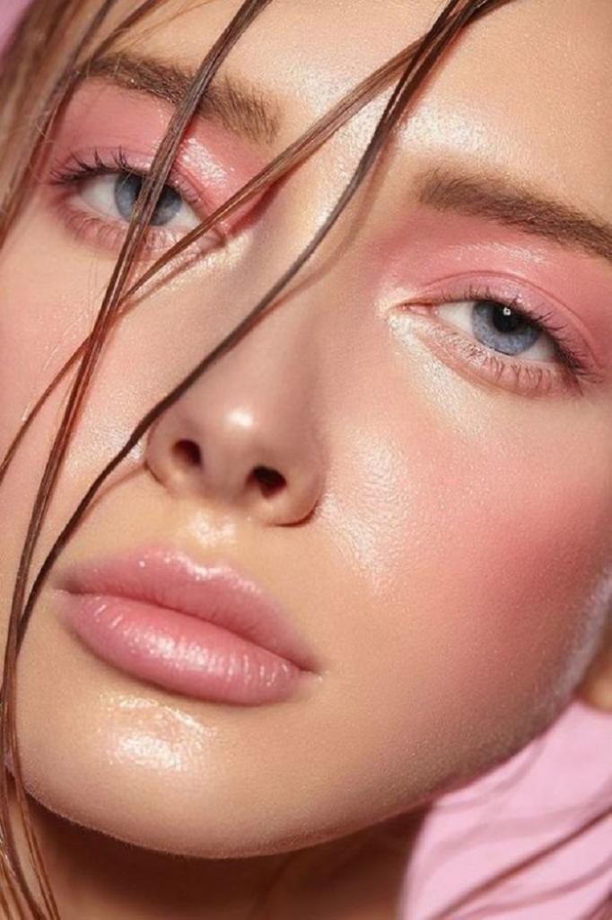 Новый сезон - новые правила: 6 главных трендов в макияже, которые будут в моде этой осенью