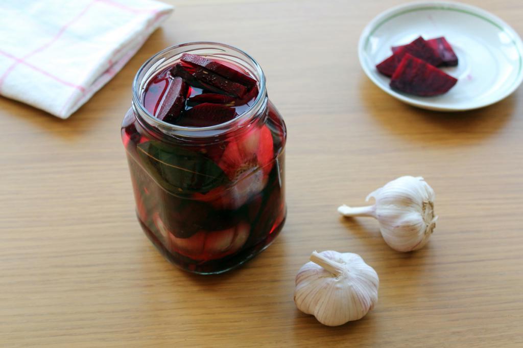 Рецепт розового чеснока, который с удовольствием едят мои дети