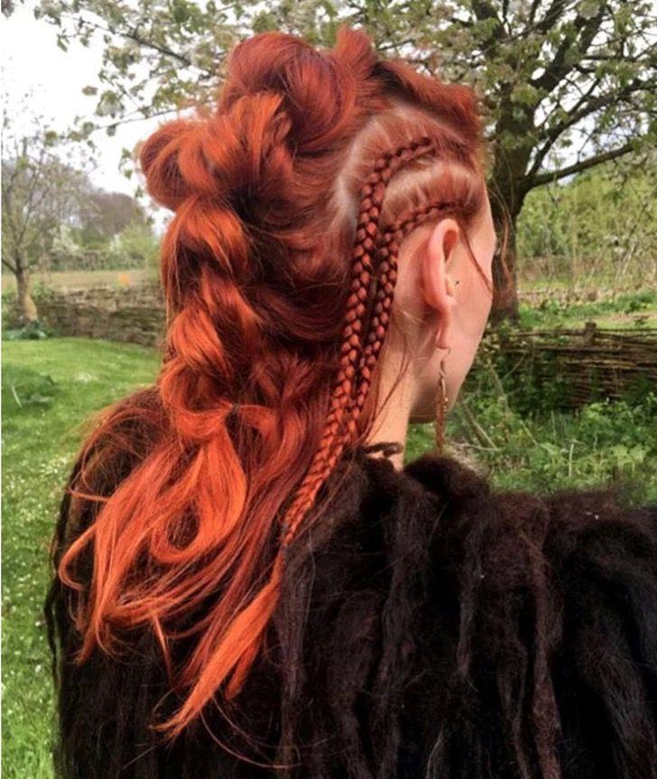 Грубо, но красиво: косички викингов стали трендом в парикмахерском искусстве