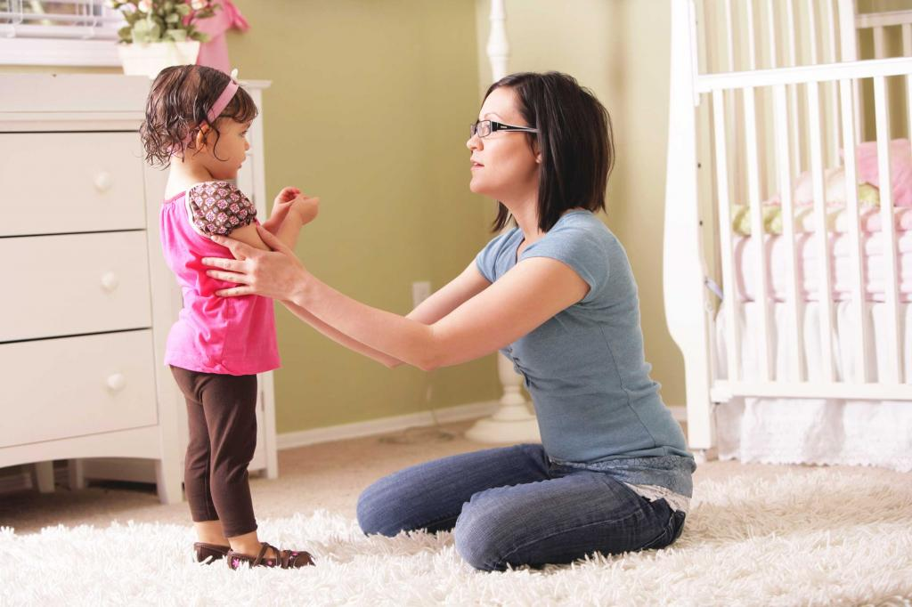 Чтобы мотивировать и не давить на ребенка, родители должны говорить в поддерживающем тоне: исследование психологов