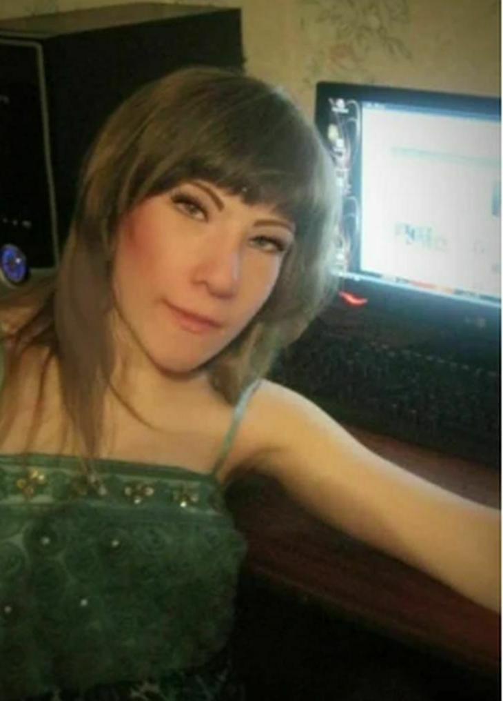 Над внешностью этой девочки потешались и в школе, и в Интернете, но прошли годы и... - как сегодня выглядит взрослая девушка