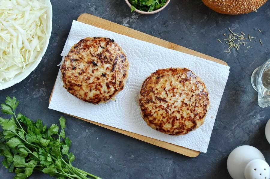 Вкусные и полезные бургеры из курятины и яблок. Любимое блюдо моей семьи