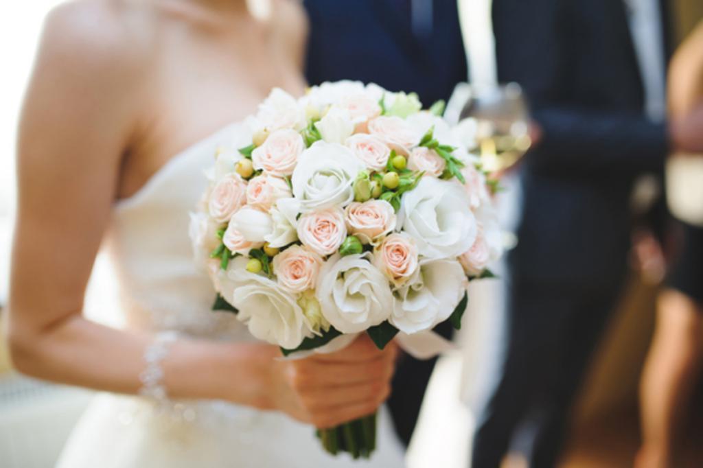 Ученые выяснили, сколько парней должно быть у девушки до свадьбы, чтобы она потом не изменяла мужу