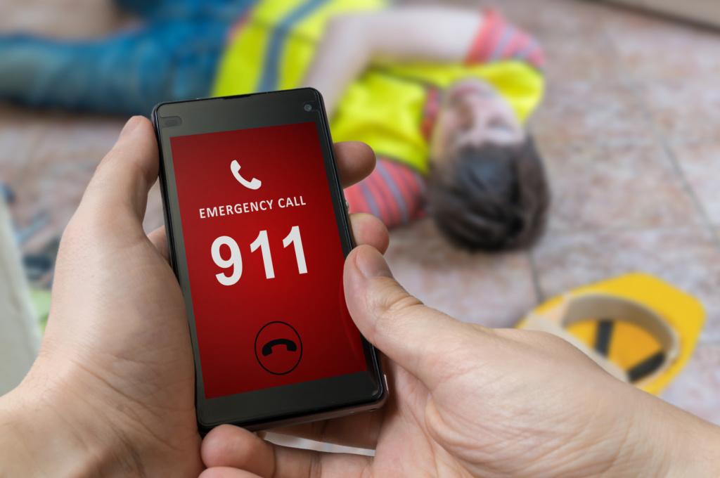 Что будет, если просто так позвонить 911: интересные факты о диспетчерах экстренных служб, которые точно удивят вас