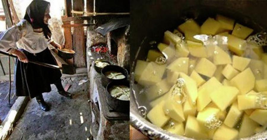 Бабушка никогда не выливает воду из-под картошки, а использует в быту: и меня научила