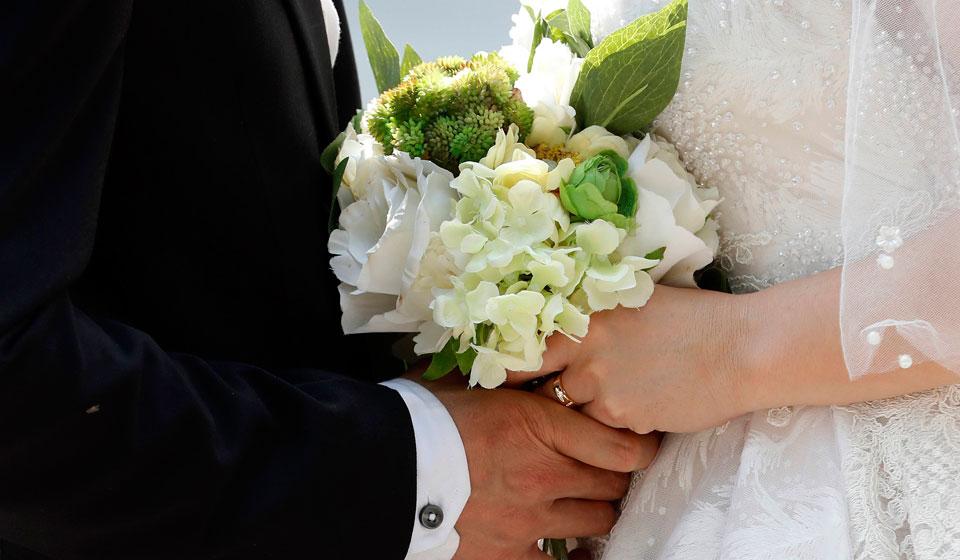 Возраст поджимает, младшие братья и сестры уже в браке: причины, по которым не стоит выходить замуж или жениться