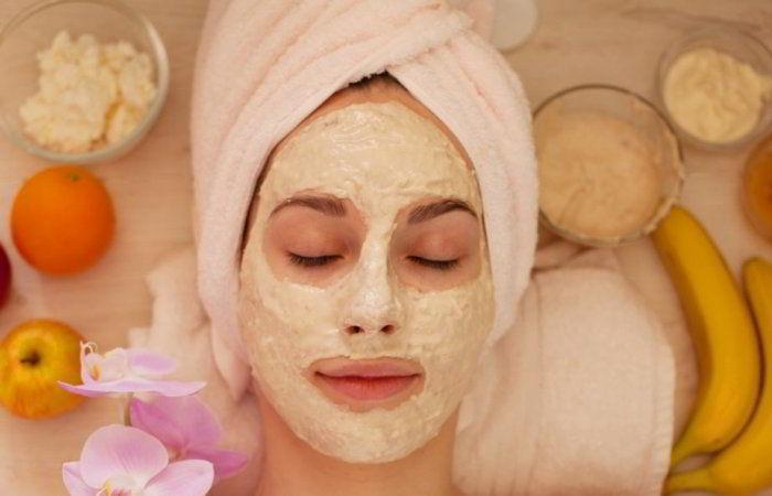 Мне не нужно посещать косметолога, так как моя кожа выглядит идеально: весь секрет в простой маске