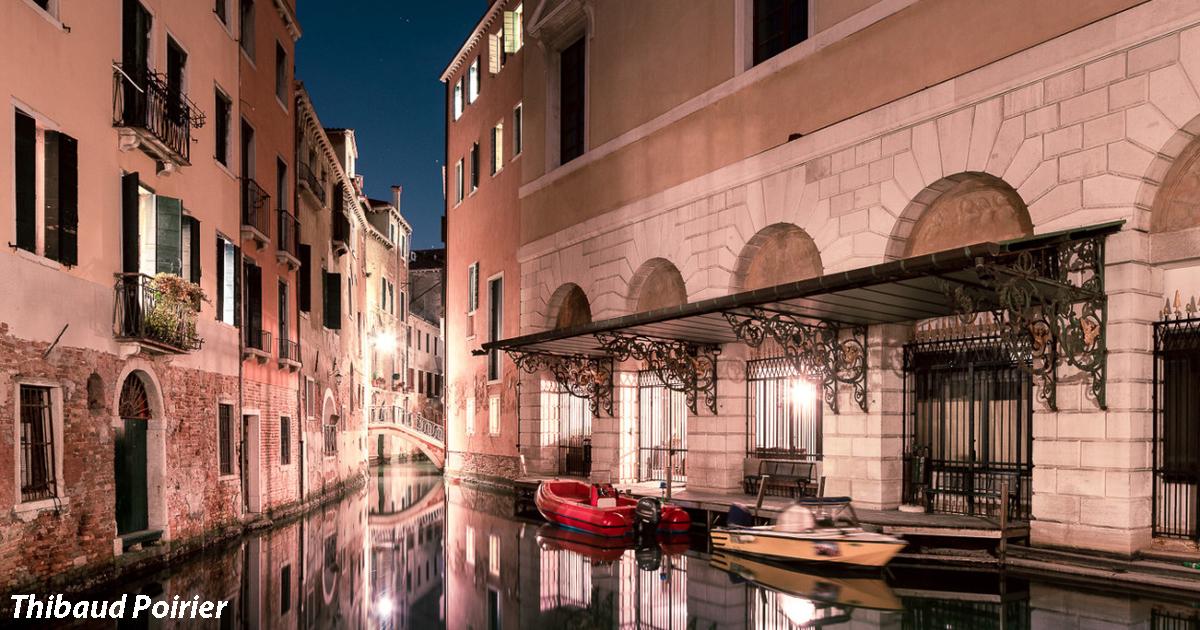 Я гулял по ночной Венеции и фотографировал все, что видел. Мистическая красота!
