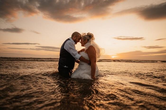 Невеста решила, что свадебное платье нужно только для торжества, и не жалела его