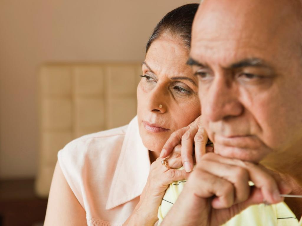 Обсуждать сложные темы в СМС: как вы окончательно портите отношения с партнером