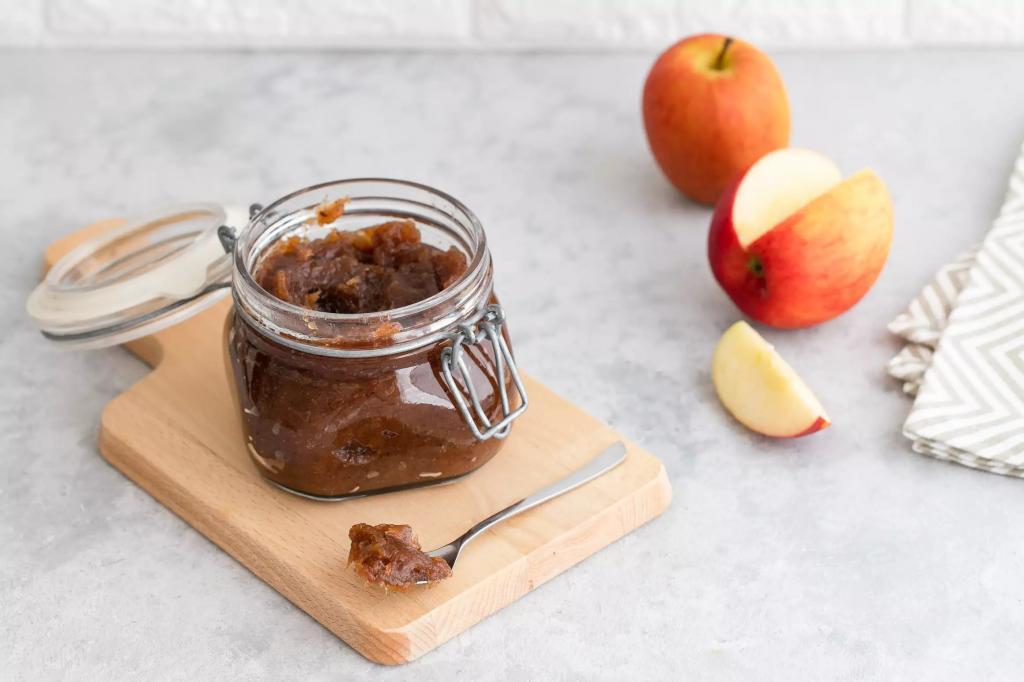 Вкусное яблочное масло: простой рецепт для микроволновки, духовки, плиты и банки