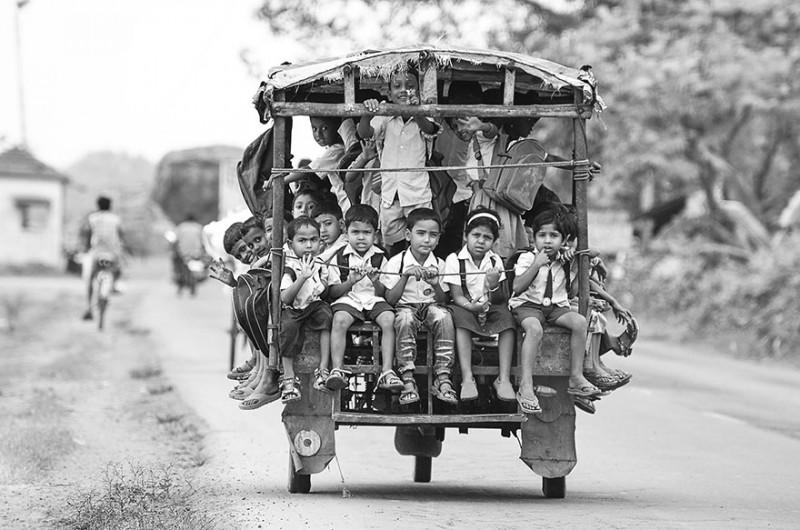 Когда путь к знаниям действительно труден: препятствия, которые приходится преодолевать детям по дороге в школу в разных концах света