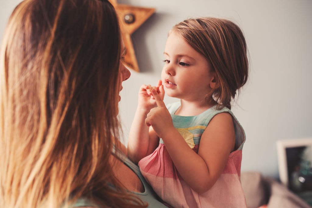 «Я тобой горжусь»: комплименты, которые не стоит говорить своим детям (даже если просто хотели похвалить)