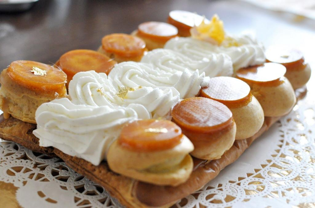 Подруга из Франции научила, как правильно печь классический торт  Сент Оноре : рецепт десерта, который многие напрасно боятся готовить