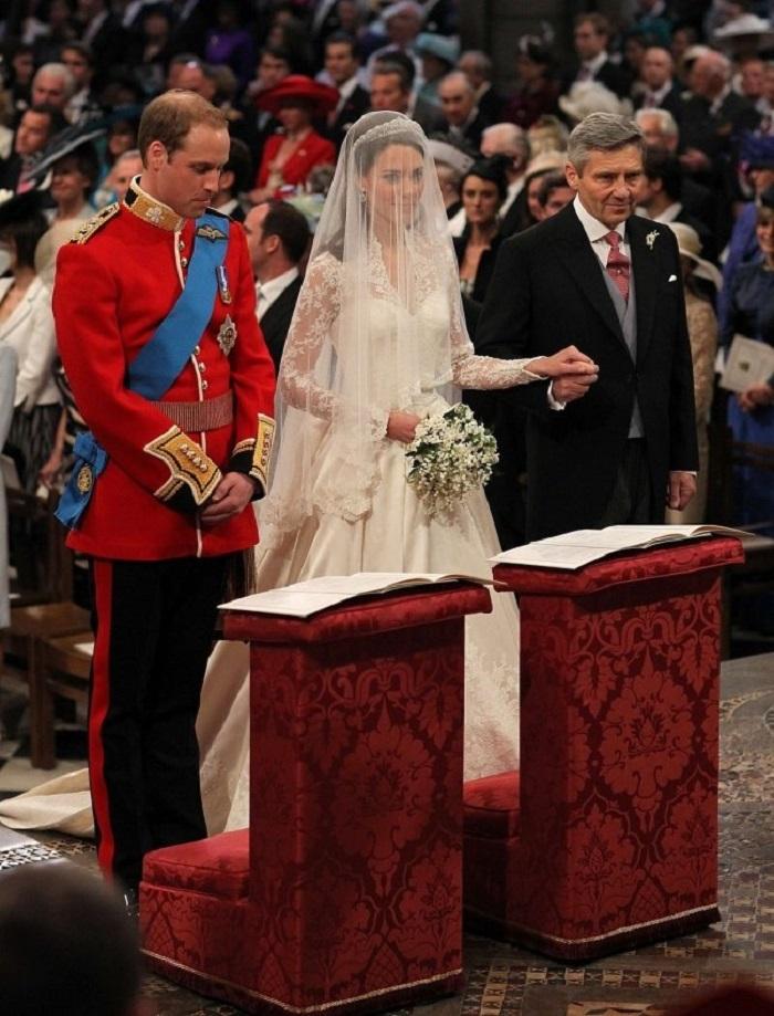 Так проходит церемонии бракосочетания у современных принцев и принцес в 10 странах мира: Свадьбу Вильгельма и Кейт посмотрели 72 миллиона человек