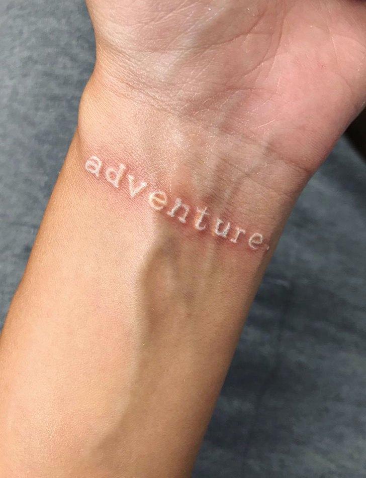 Нежные, трогательные и гармоничные: белые татуировки (фото, эскизы)