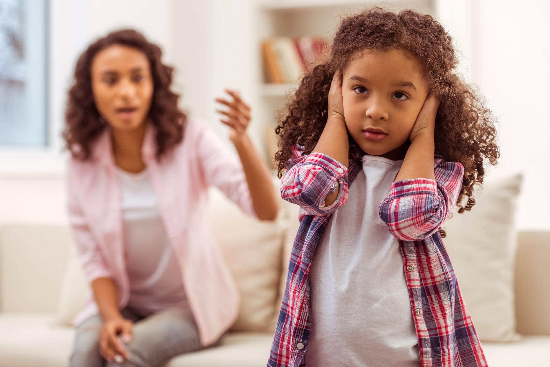 Прекратите убеждать детей чувствовать себя обязанными вам за то, что они родились