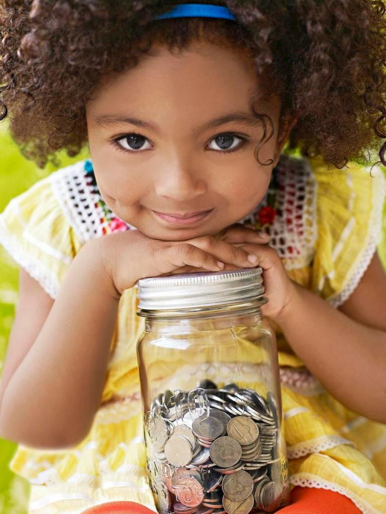 Составлять список желаний и не только: как с малых лет приучить ребенка бережно относиться к деньгам