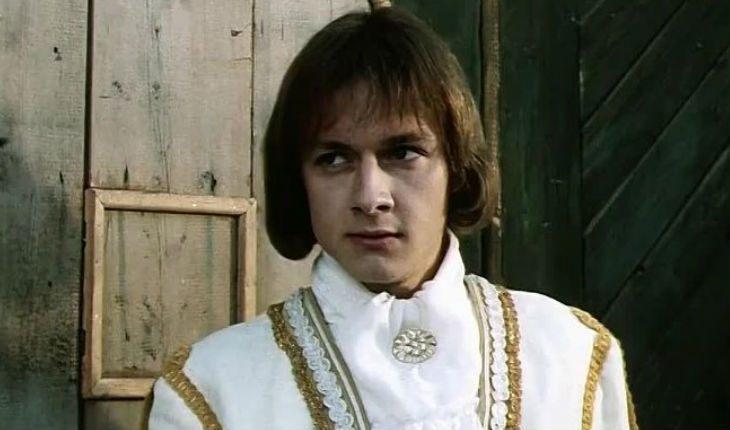Как сегодня выглядит покоритель женских сердец, звезда  Гардемаринов  Владимир Шевельков: фото