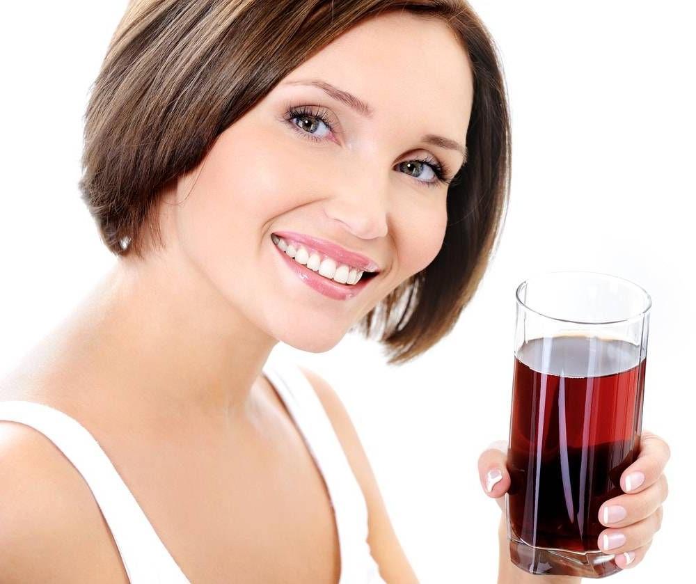 Подруга врач рассказала мне, от каких напитков стоит обязательно отказаться людям после 50 лет и почему