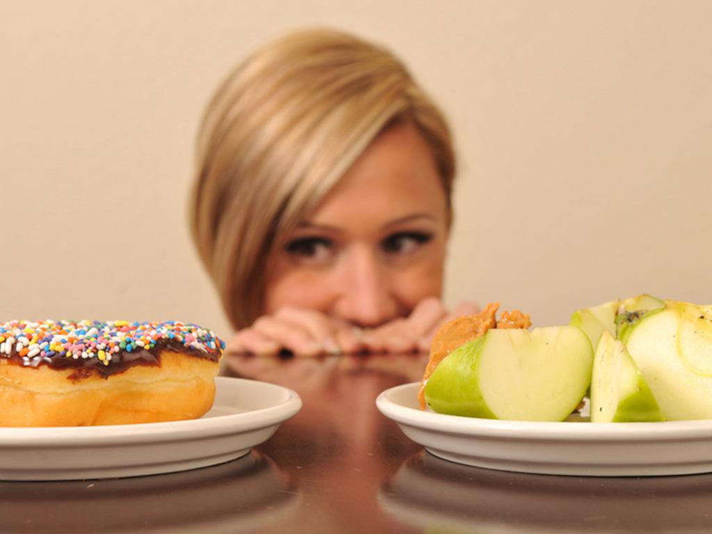 Диетолог рассказал, почему моя диета не работает. Я покупала обезжиренные продукты и не только