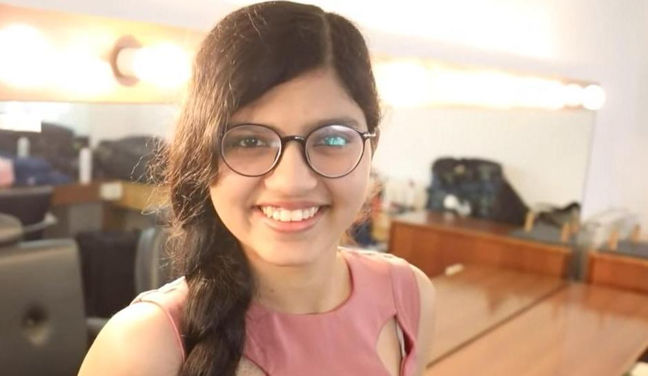 16 летняя девочка стала подростком с самыми длинными волосами в мире. Она отращивала косу 10 лет