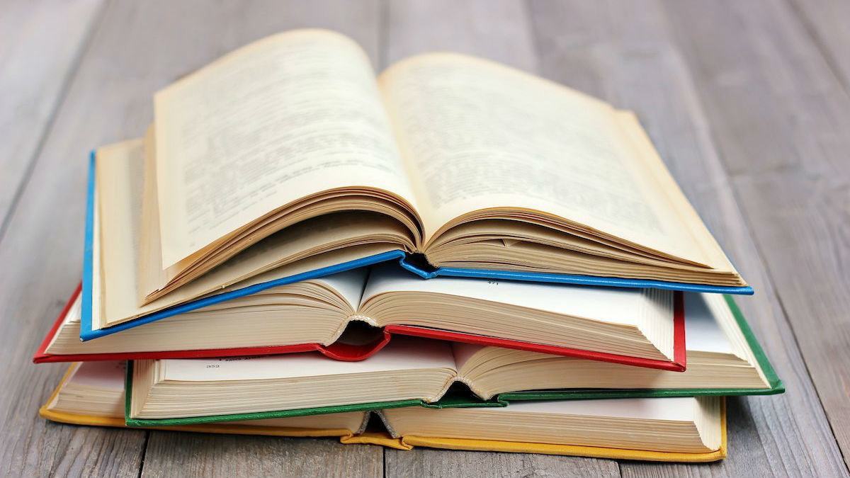 10 книг, которые точно перевернут вашу жизнь с ног на голову
