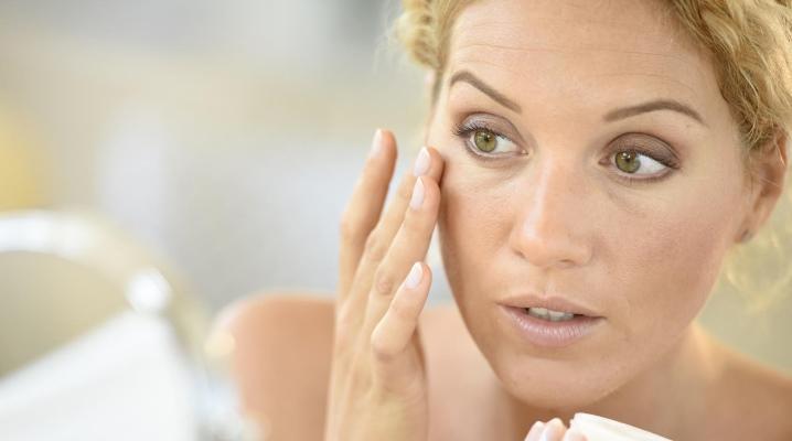 Подруга косметолог рассказала, как эффективно можно избавиться от темных кругов под глазами. Теперь зеленый чай я не только пью