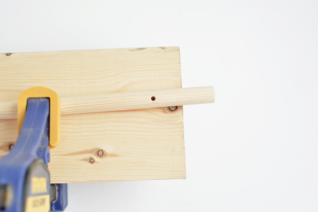 Я отдаю предпочтение игрушкам из натуральных материалов: поэтому я сама сделала мобиль для дочери из дерева
