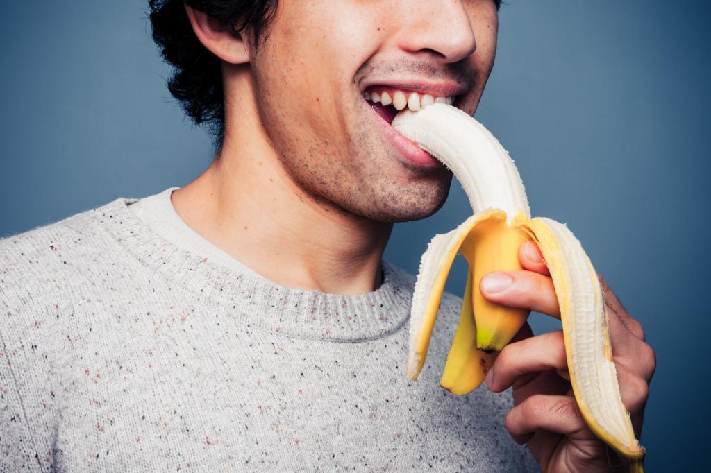 Банановая кожура съедобна? Плоды, которые нужно есть с кожурой, потому что она полезна для здоровья