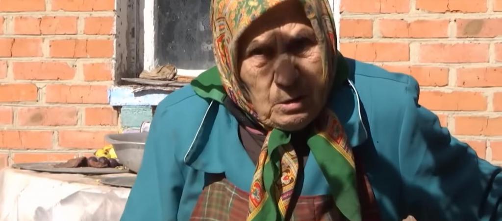 Откосил : призывник так боялся армии, что женился на 81 летней бабушке