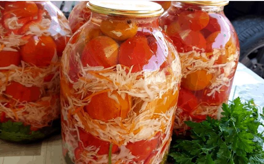 Помидоры с одежкой: интересный метод маринования помидоров с капустой
