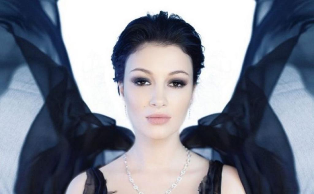 Анастасия Приходько обвенчалась. Как выглядела известная певица в свадебном платье (фото)