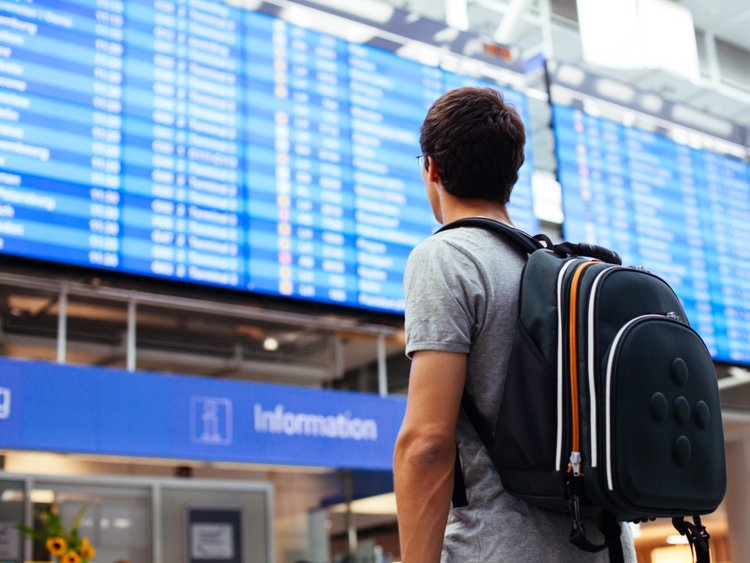 Я был консультантом по путешествиям 5 лет, и за это время понял, как можно экономить на поездках. Делюсь своими секретами