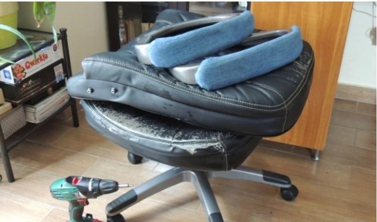 Мой любимый офисный стул выглядел так жалко, что было больно смотреть. Помогли исправить ситуацию старые джинсы