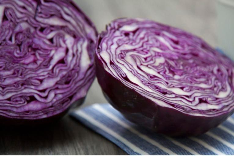 Привезла из Турции рецепт простого, но очень вкусного салата, идеально подходящего к любому мясу